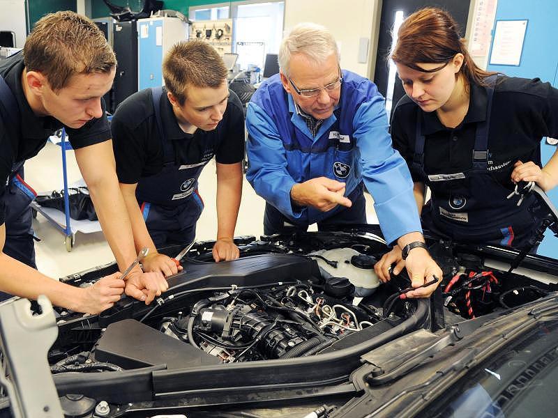 Du học nghề Kỹ thuật Điện - Điện tử tại CHLB Đức cùng TVC